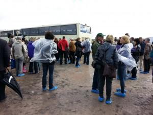 Autobuses del ejército irlandés para los desplazamientos.
